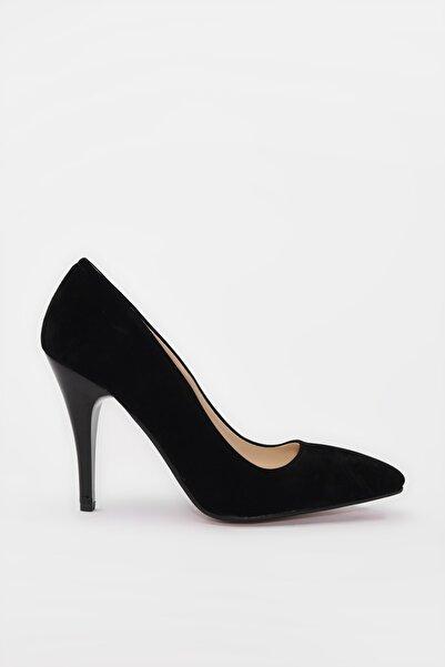 Yaya  by Hotiç Siyah Kadın Klasik Topuklu Ayakkabı 01AYY188000A100