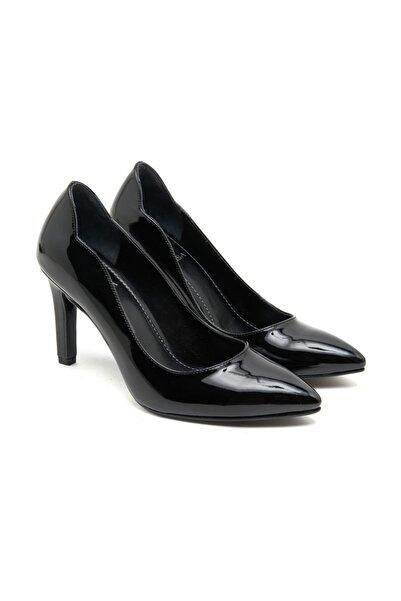 Desa Kadın Siyah Rugan Klasik Ayakkabı