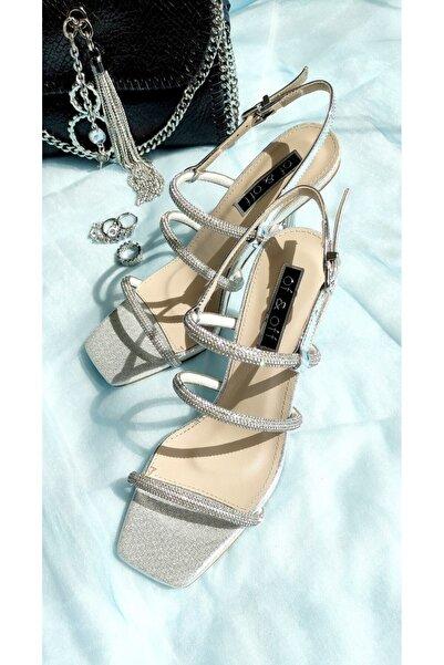 Of&Off Kadın Taşlı Topuklu Sandalet