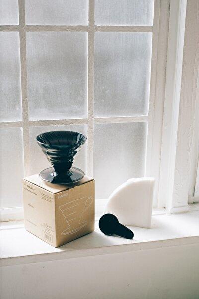 Hario V60 02 Siyah Şeffaf Plastik Dripper Ve 40'lı Filtre Kağıdı Seti
