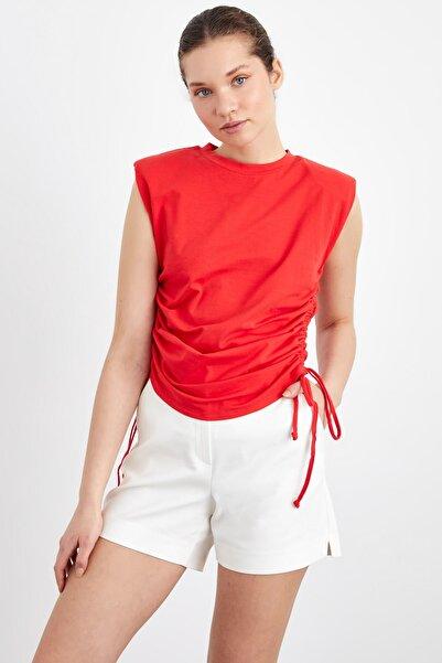 adL Kadın Kırmızı Bağlamalı Kolsuz Tişört
