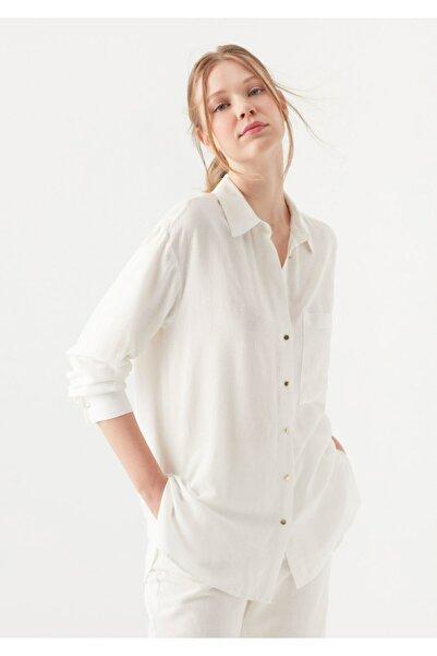 Mavi Keten Karışımlı Beyaz Gömlek