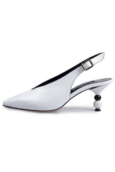 Flower Kadın Beyaz Deri Taşlı Ökçeli  Sandalet