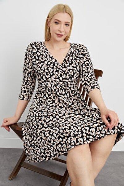 Kadın Siyah  Kruvaze Yaka Desenli Çan Kesim Esnek Örme Elbise