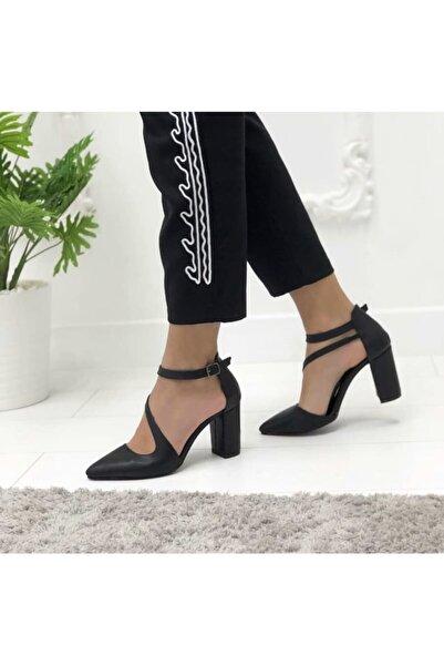 SEÇİL Çapraz Önü Kapalı Topuklu Ayakkabı