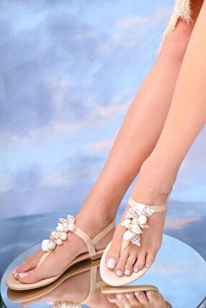Kadın Bej Hakiki Deri Günlük Taşlı Sandalet