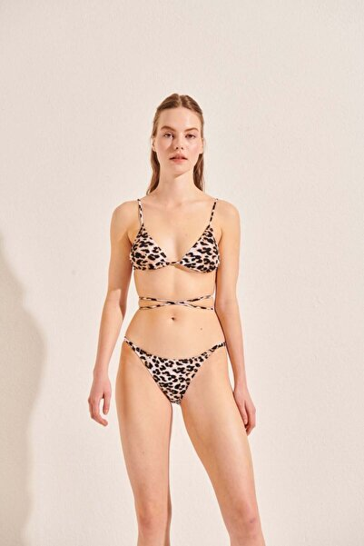 Beach&Beyond Kadın Leopar Üçgen Bikini Üstü
