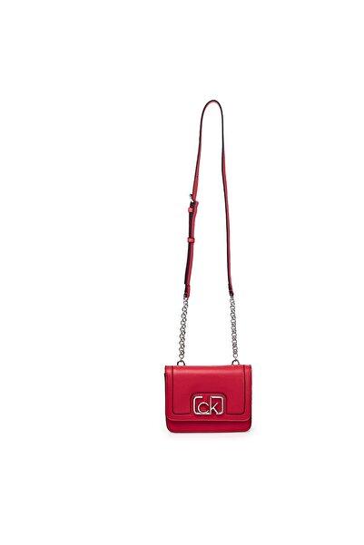 Calvin Klein Zincir Detaylı Ayarlanabilir Askılı Çanta Kadın Çanta K60k607891 Xa7