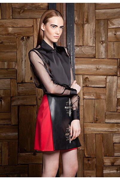 Ece Salıcı Kadın Kırmızı ve Siyah Taşlı Mini Etek