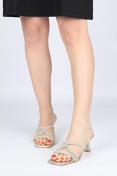 Modabuymus Kadın Gümüş Taşlı Çapraz Bantlı Topuklu Terlik - Monoce