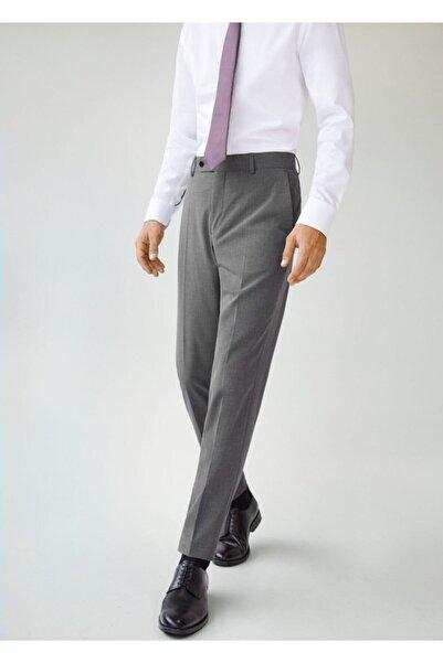 MANGO Man Erkek Gri Dar Kesim Mikro Dokumalı Takım Pantolon