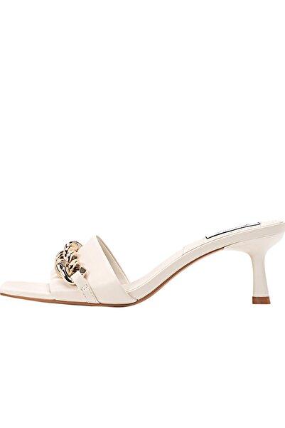 Stradivarius Kadın Ekru Zincir Detaylı Topuklu Sandalet