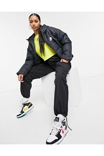 Nike Femmme Kadın Mont Siyah Loose Fıt