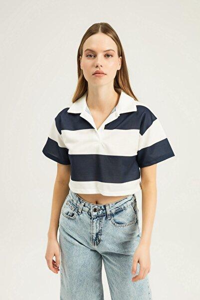 Quzu Kadın Lacivert Polo Yaka Çizgili Crop Bluz