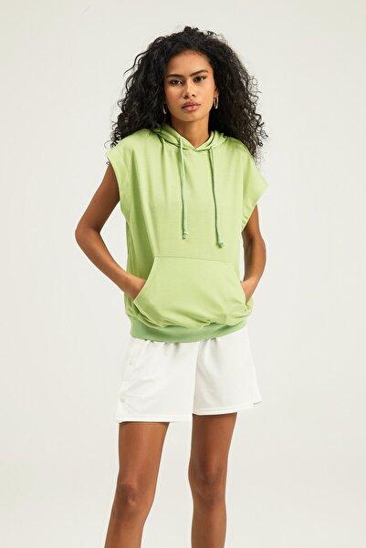 Quzu Kadın Yeşil Kapüşonlu Kanguru Cepli Sweatshirt
