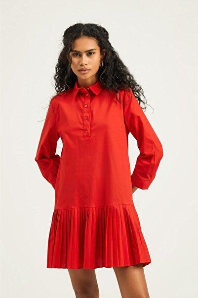 Quzu Kadın Kırmızı Piliseli Gömlek Elbise