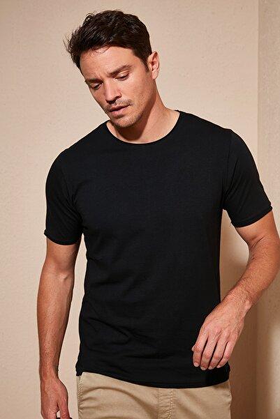 Buratti Erkek Siyah Bisiklet Yaka Pamuklu Standart Fit T Shirt 0438203