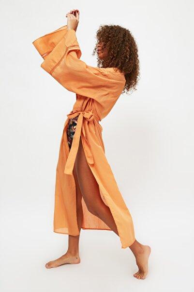 TRENDYOLMİLLA Turuncu Şerit Detaylı Kimono&Kaftan TBESS21KM0094