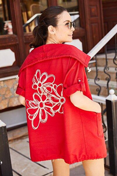armonika Kadın Kırmızı Sırtı Çiçek Baskılı Mevsimlik Ceket ARM-20K024030