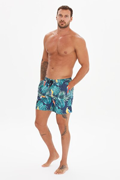TRENDYOL MAN Çok Renkli Erkek Tropik Baskılı Deniz Şortu TMNSS20DS0017