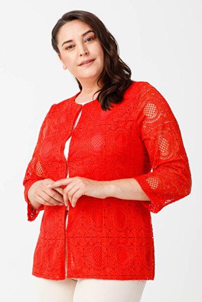Ekol Kadın Kırmızı Güpür İşlemeli Ceket