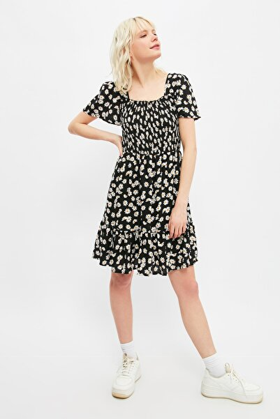 TRENDYOLMİLLA Siyah Gipe Detaylı Elbise TWOSS21EL3004