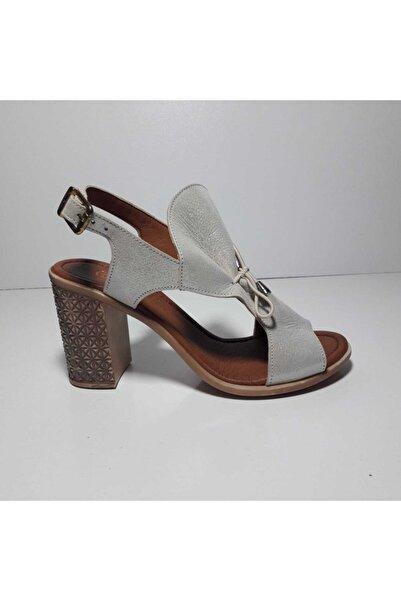 Pierre Cardin Kadın Krem ParlakHakiki Deri Ortopedik Ayakkabı