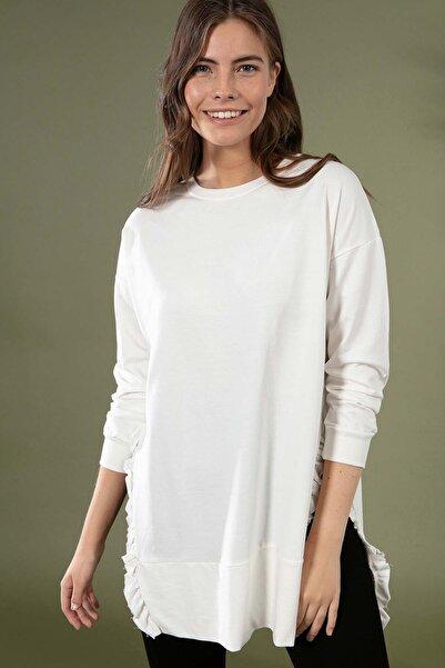 Y-London Kadın Beyaz Yırtmaç Detayı Fırfırlı Sweatshirt Y20W155-6045