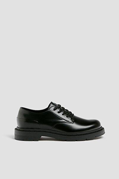 Pull & Bear Erkek Siyah Kalın Tabanlı Ayakkabı 12401640