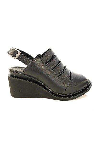 PUNTO 384005 Kadın Dolgu Taban Sandalet