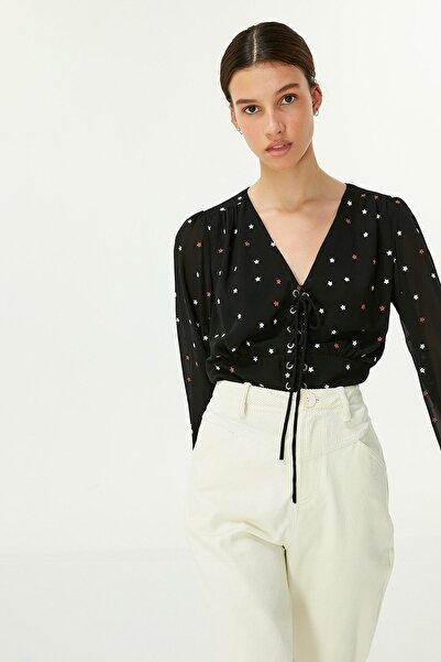 Twist Kadın Siyah Yıldız Desen Bluz TW6200006075