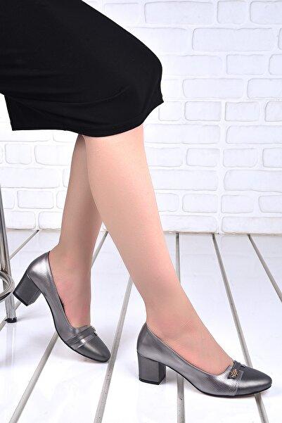 Ayakland Kadın Gümüş Cilt 5 Cm Topuk Ayakkabı