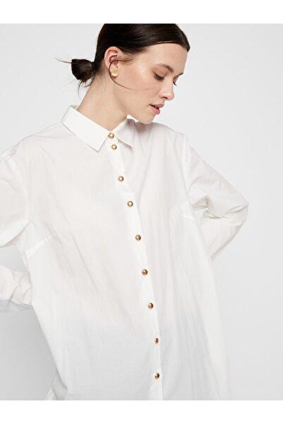 PIECES Kadın Beyaz Düğme Detaylı Tunik Gömlek 17107476 PCSHILOH