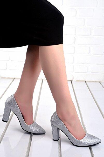 Ayakland Kadın Gümüş Simli Topuklu Ayakkabı 137029-311