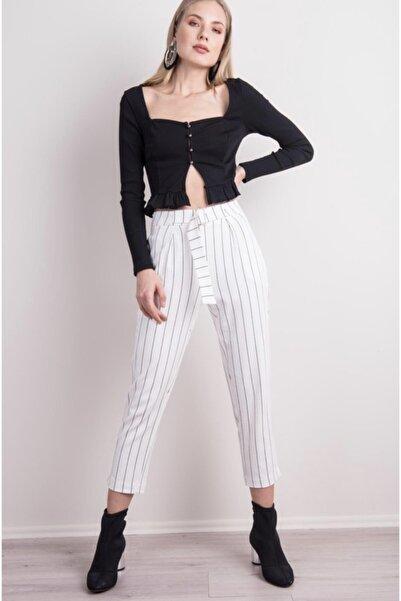 BSL Kadın Beyaz Çizgili Kemer Detaylı Çizgili Havuç Paça Pantolon