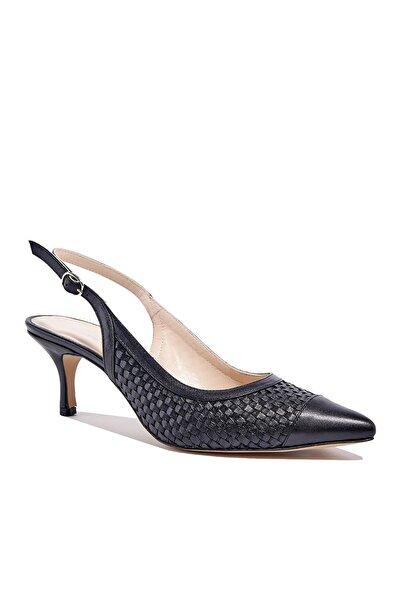 Desa Erica Kadın Klasik Örgülü Deri Ayakkabı