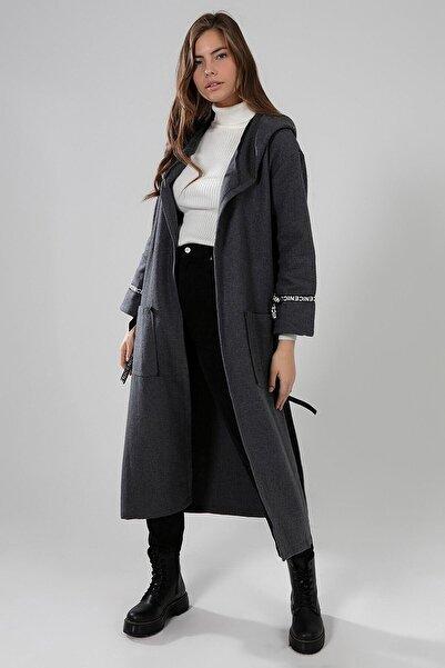 Y-London Kadın Antrasit  Yanları Yırtmaçlı Şerit Detaylı Kapşonlu Uzun Hırka  Y19W102-5012