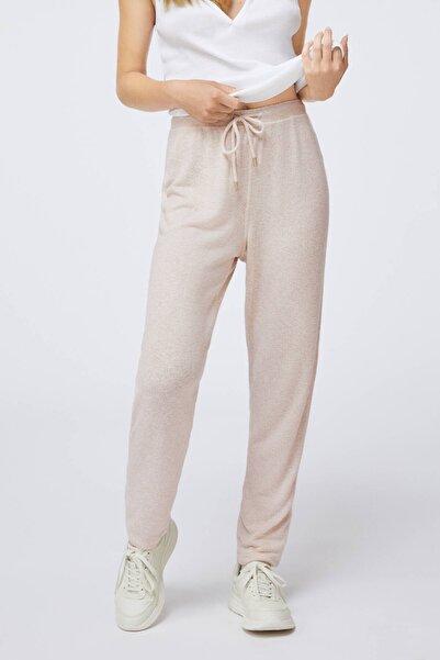 Oysho Kadın Bej Düz Kesim Yumuşak Dokulu Pantolon