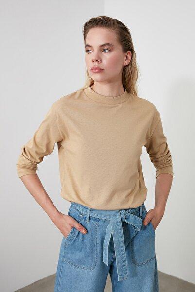 TRENDYOLMİLLA Camel Uzun Kollu Dik Yaka Basic Örme T-Shirt TWOAW20TS0233