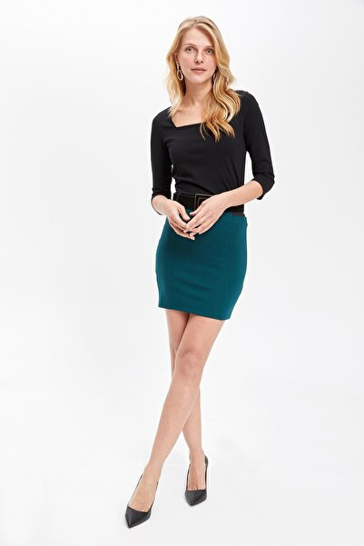 DeFacto Kadın Elastik Belli Slim Fit Etek K8676AZ.19SP.GN465