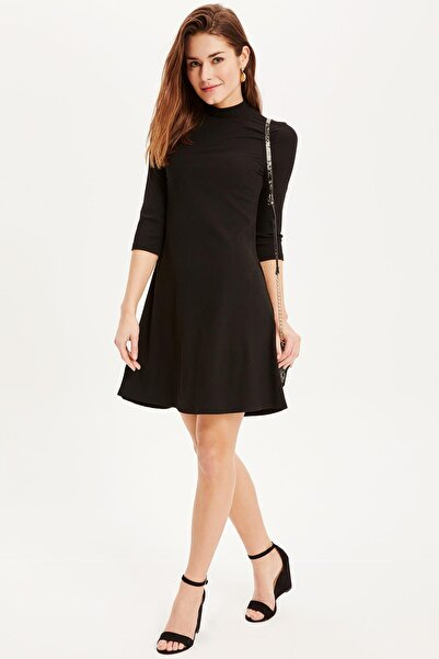 DeFacto Kadın Çizgili Yüksek Yaka Elbise L0512AZ.19SP.BK46