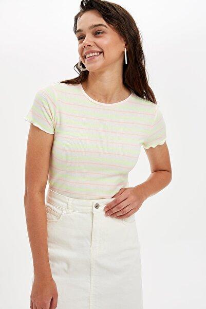 Kadın Beyaz Slim Fit Çizgili T-shirt L7216AZ.19HS.WT34