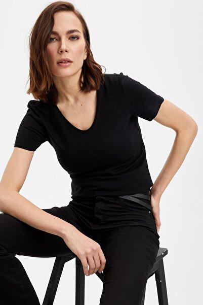 DeFacto Kadın Siyah V Yaka Basic T-Shirt I1073AZ.20SP.BK27