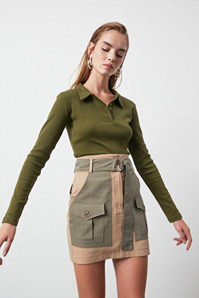 TRENDYOLMİLLA Haki Polo Yaka Fitilli Örme Bluz TWOAW21BZ0506