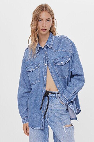 Bershka Kadın Açık Mavi Denim Gömlek