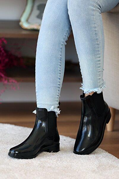 Pembe Potin Kadın Siyah Yağmur Botu