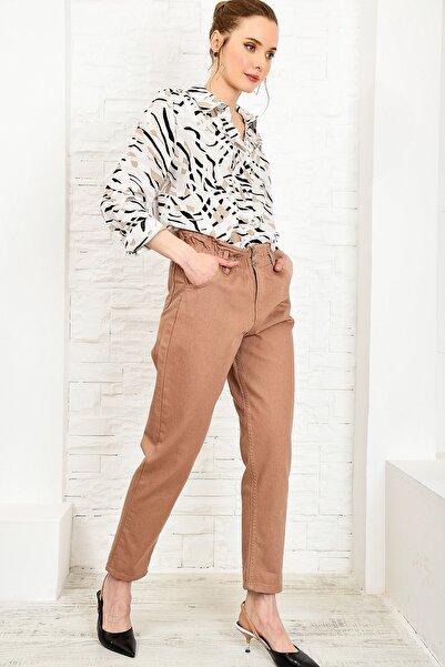 Trend Alaçatı Stili Kadın Camel Beli Büzgülü Düğme Detaylı Slouchy Jean ALC-X4876