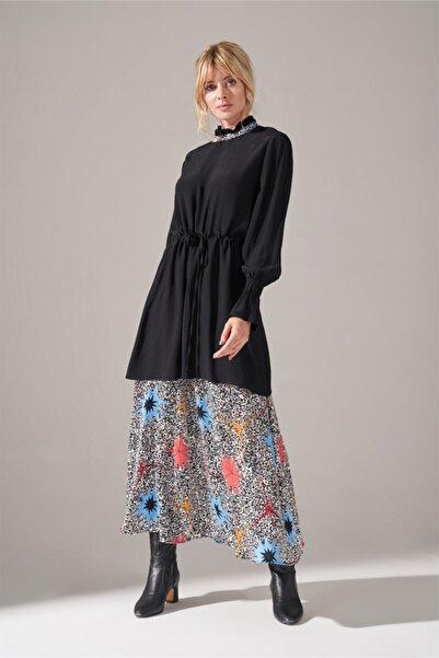 Mizalle Kadın Siyah Mavi Alt Etek Parçalı Elbise