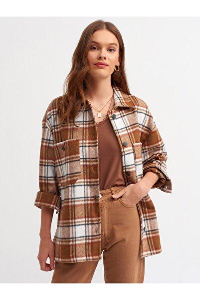 Dilvin Kadın Kahverengi Ekose Yanı Yırtmaçlı Gömlek s.kahve 5816