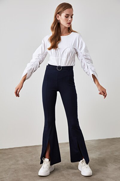 TRENDYOLMİLLA Lacivert Taşlı Kemerli Yırtmaç Detaylı Örme Pantolon TWOSS20PL0100
